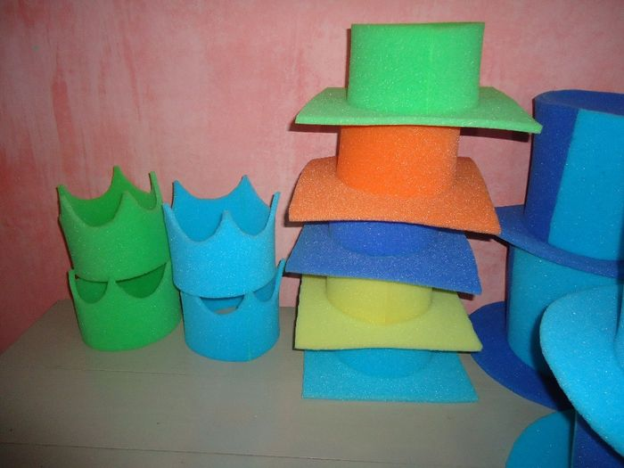 Nuestros sombreros de goma espuma!!! -cotillón- d71133eca93