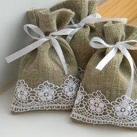 Decoraciones con arpillera y encaje - Bolsitas de tela de saco ...