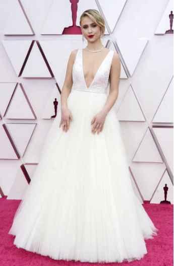 6 Looks de la entrega de los Oscar 2021 de infarto...¿Cuál te mata? - 1