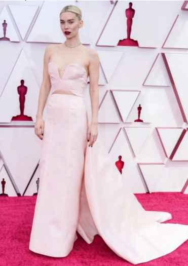 6 Looks de la entrega de los Oscar 2021 de infarto...¿Cuál te mata? - 3