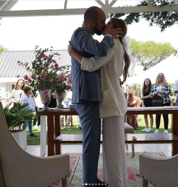 Abel Pintos y Mora Calabrese se casaron por civil ASÍ 👇 - 6