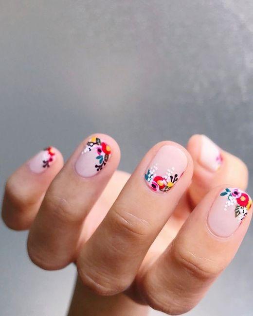 The Color Holi 🌈: ¡Elegí tu manicure favorito! 4