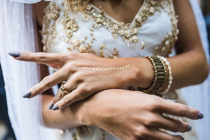 ¿Detalles dorados en tu look de novia? 1