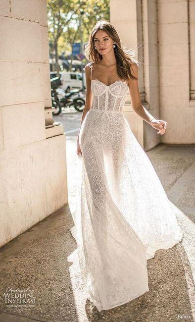 ¿Te animás a usar algunos de estos 6 vestidos con corset y tasas? 1
