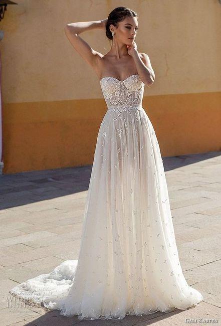 ¿Te animás a usar algunos de estos 6 vestidos con corset y tasas? 6