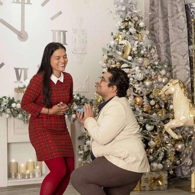 ¿Tendrías esta sesión de foto pre boda navideña?❤🎄️ 5