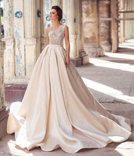 Tu vestido: ¿Re novia o In-novia? 1
