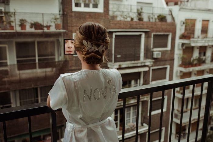 A preparação da noiva: com ou sem robe? 🤔 1