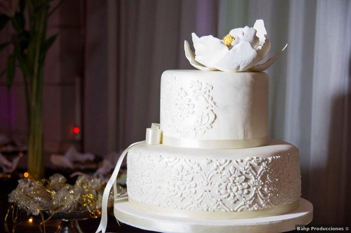 4 Tortas con Fondant para un casamiento elegante 3