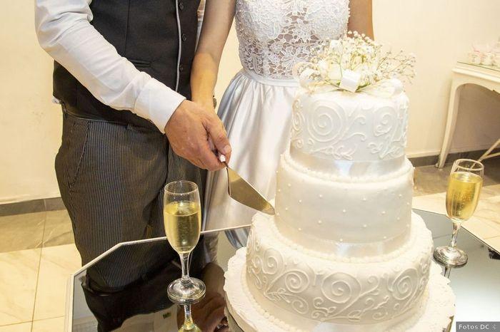 4 Tortas con Fondant para un casamiento elegante 4
