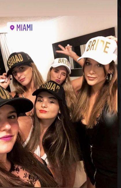 Barbie Vélez no frena su casamiento y así fue su despedida de soltera en Miami 🎉 1