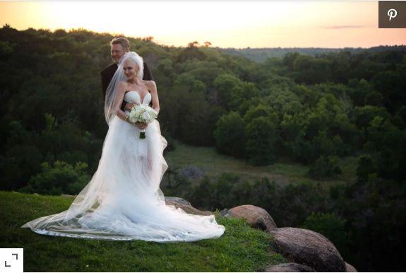 Gwen Stefani and Blake Shelton se casaron ASÍ👇 1