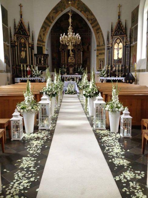 4 Formas de decorar la Iglesia SIN flores naturales 2