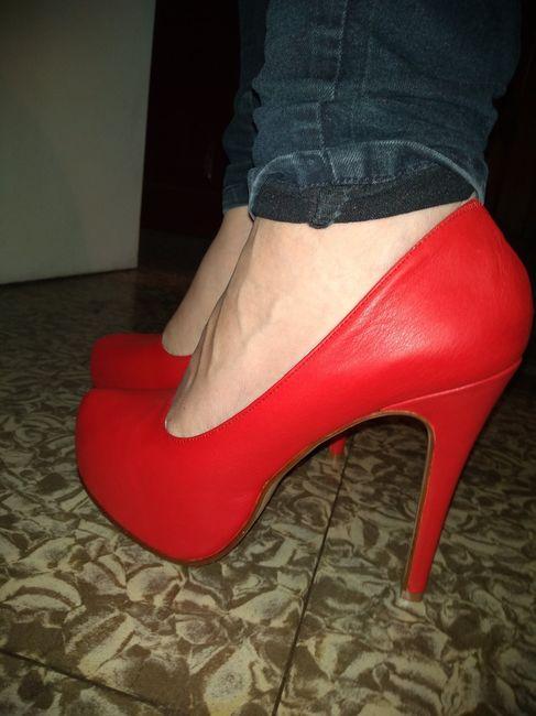 El color de mis zapatos es ... 👠 2