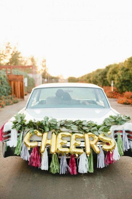 Ideas para decorar el auto el día de la boda 10