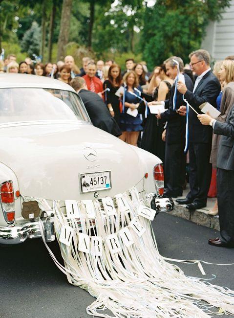 Ideas para decorar el auto el día de la boda 11