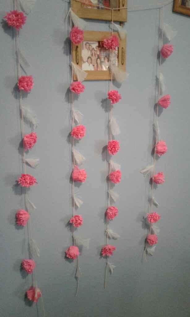 Va quedando la cortina de flores - 1