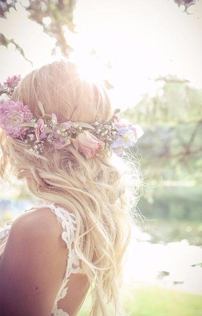 1. Flores en el peinado