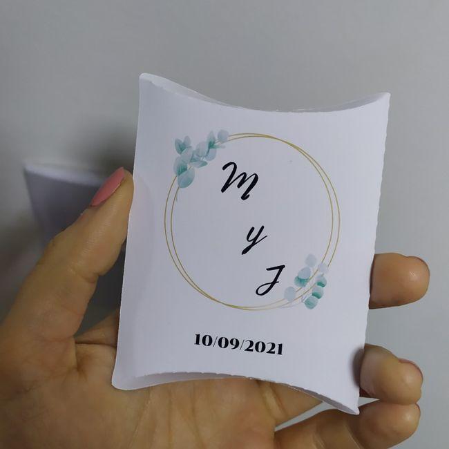 Cajitas para arroz/pétalos/papel picado 1
