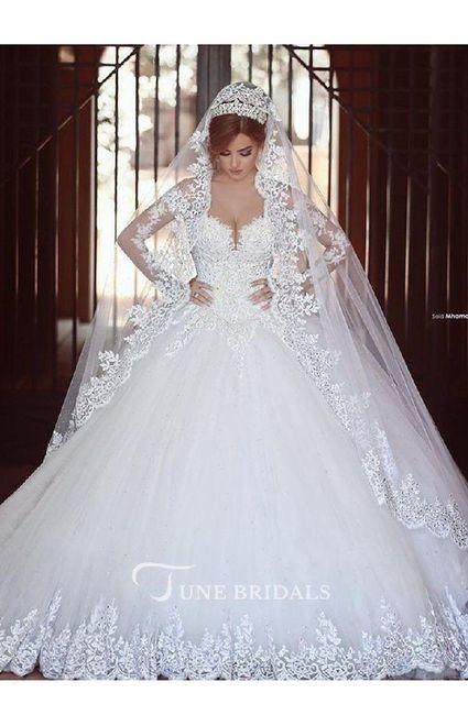 Vestido de novia: ¿sencillo o con muchos detalles? 2