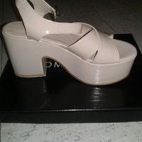 Así serán mis zapatos de novia - 1