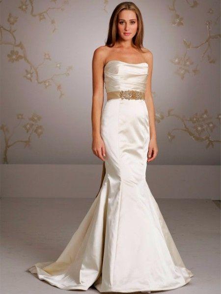 Vestido de novia con cinto