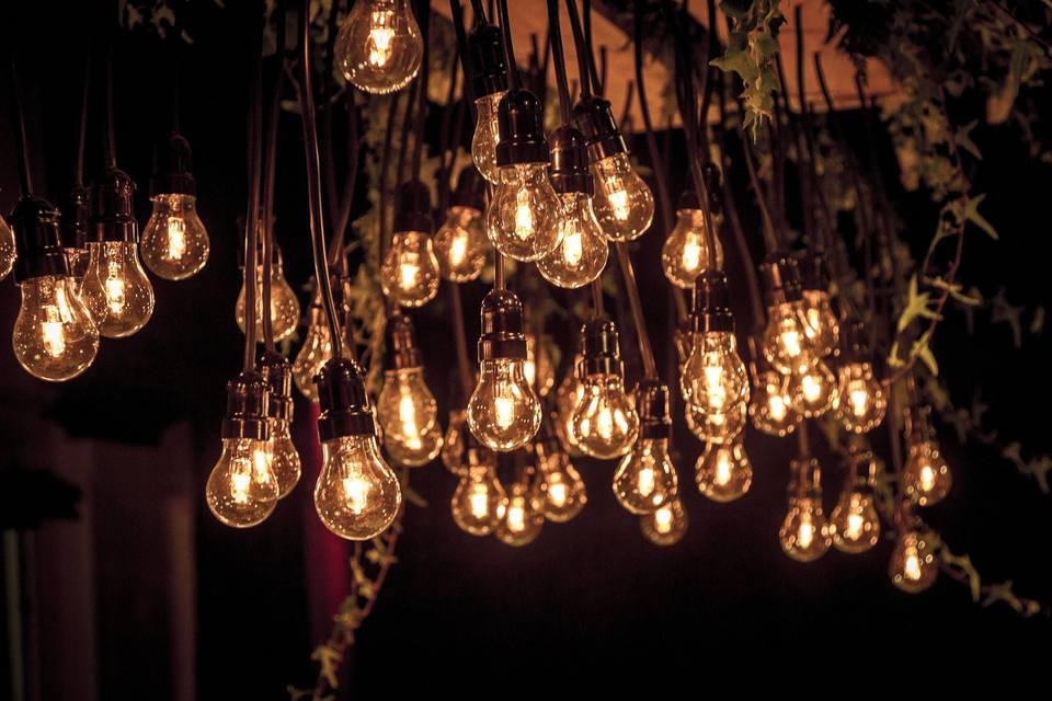 Arreglo colgante de luces