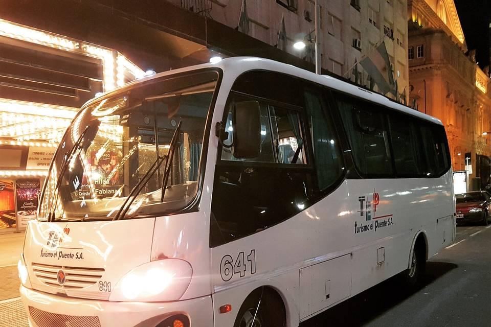Minibuses 24 pasajeros