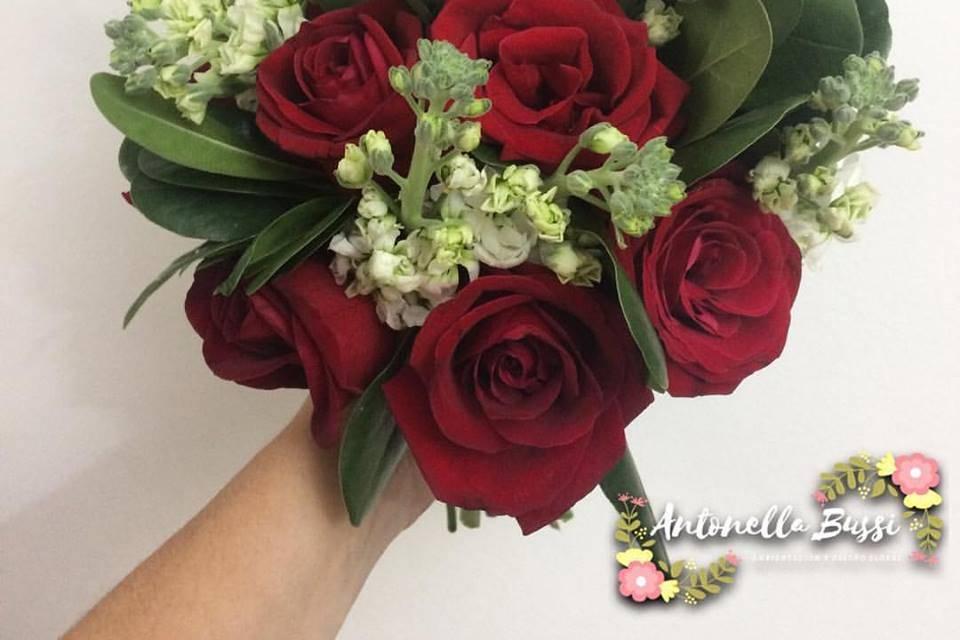 Bouquet rosas y follaje