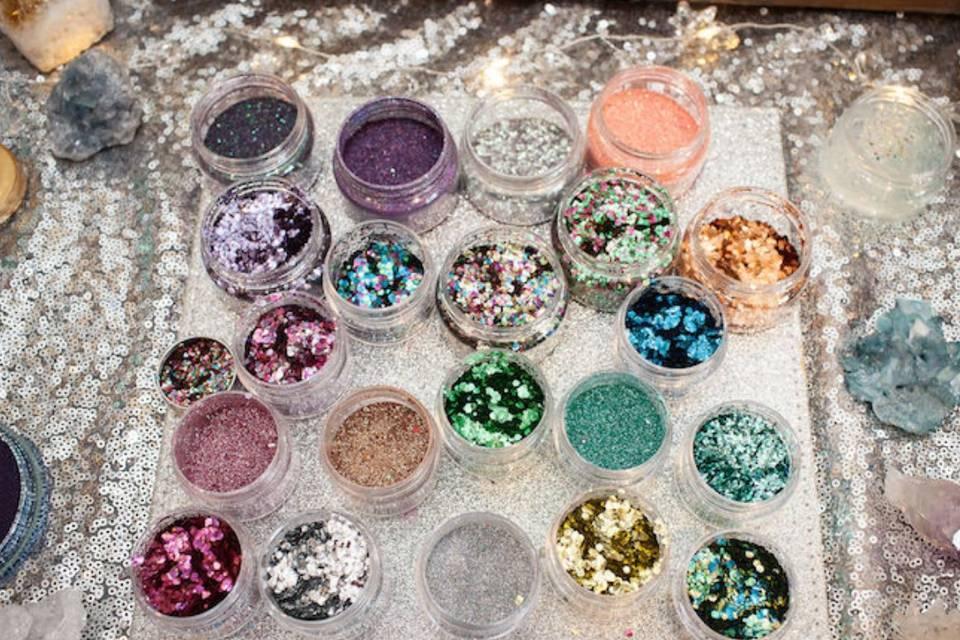 Glitter Stand