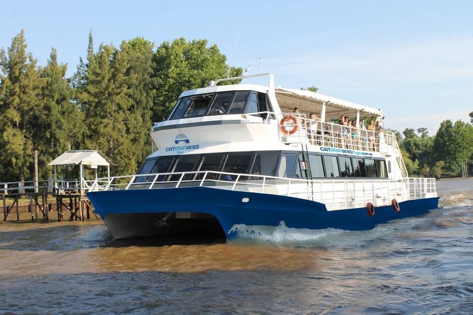 Catamarán María Eugenia
