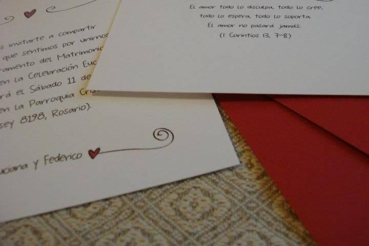 Tarjetón + tarjeta personal + sobre + etiqueta cierre sobre