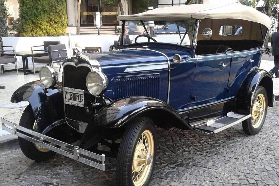 Ford A azul