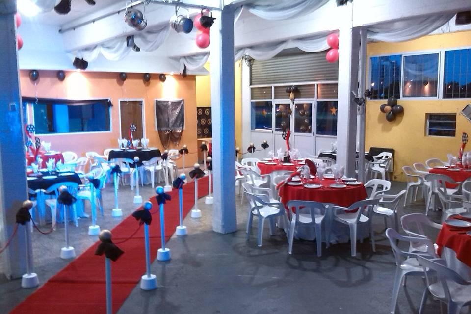 Red and Blue Eventos