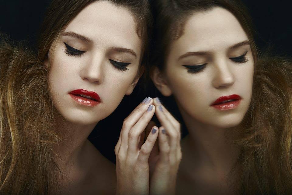 Make up super delineado