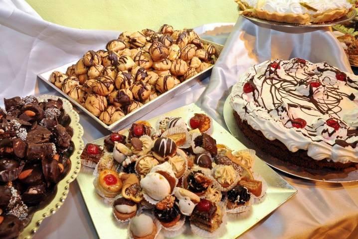 Gran surtido de masas y tortas