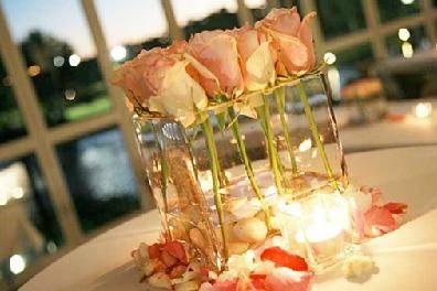 Adornos florales diseñados con estilo