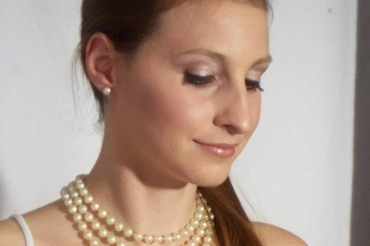 Andrea Gil Ferro Make Up