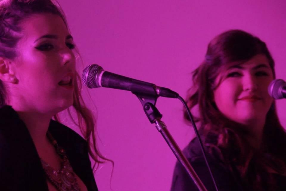 Singer Ladies