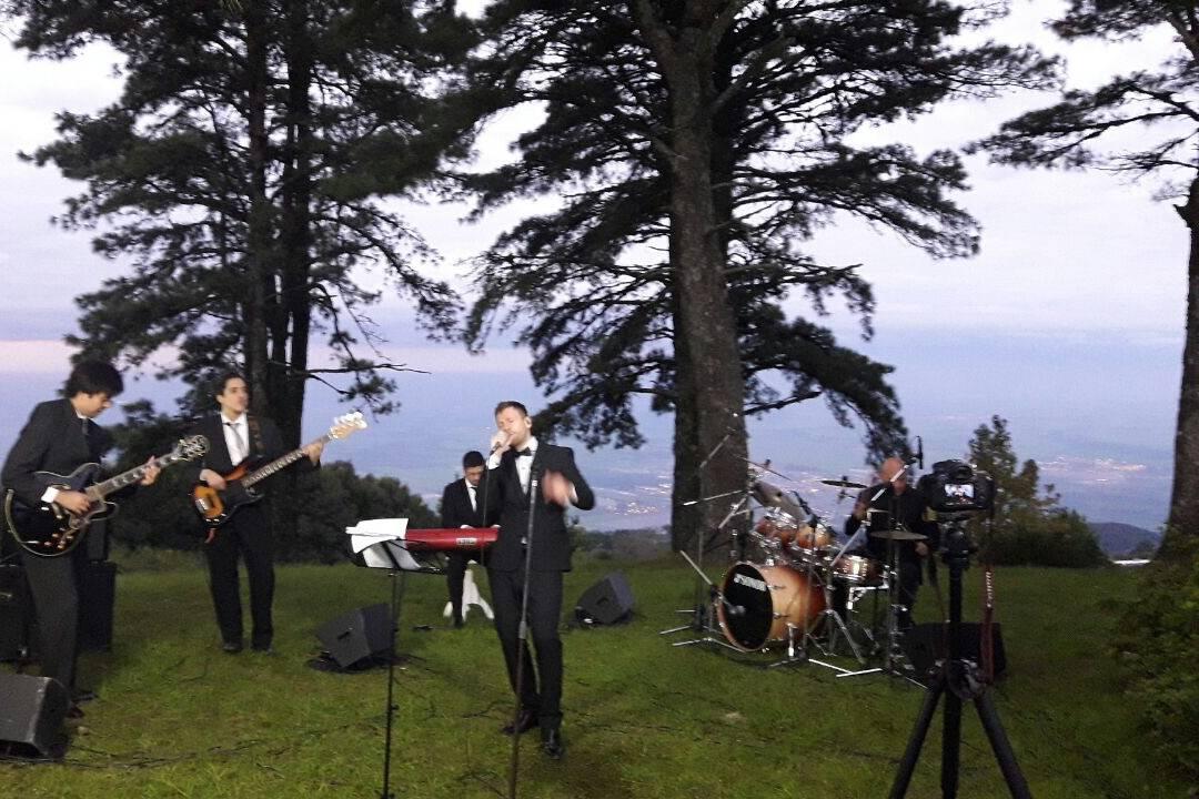 Matías Azar Band