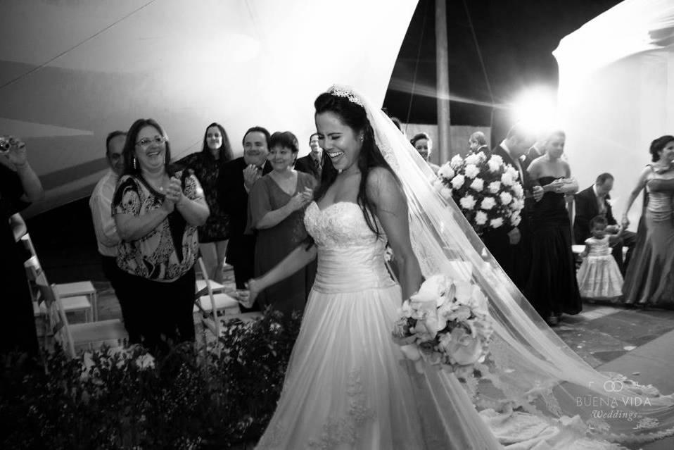 Buena Vida Weddings