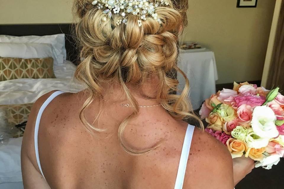 Peinado y maquillaje de novia