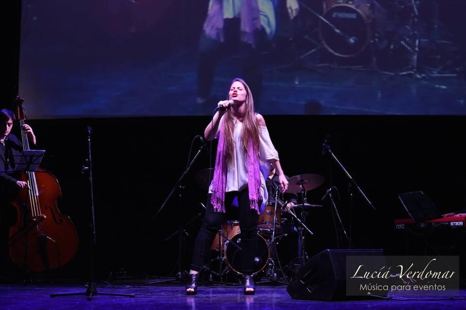 Lucía Verdomar - Música para eventos