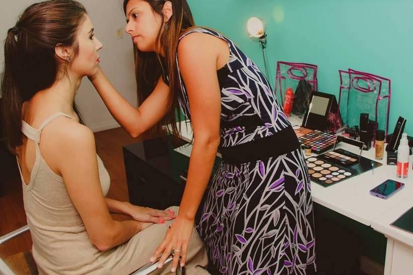 Laura Souza Makeup