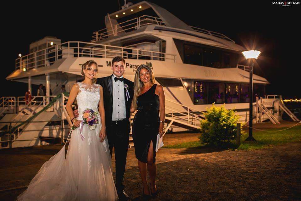 Catamaran Mburucuya Connection - Embarcación para Casamientos